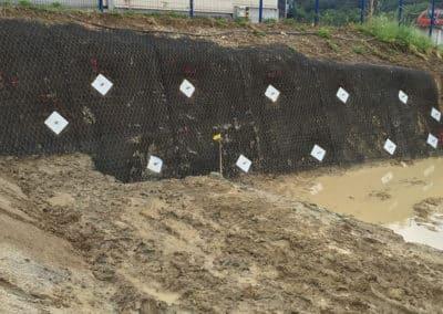 Travaux d'ancrage d'une petite fouille d'excavation par Anteq SA