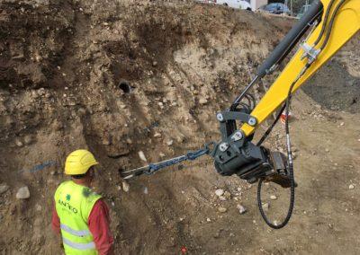 Travaux d'ancrage d'une paroi d'excavation