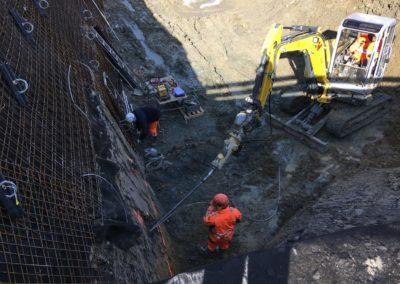 Travaux d'ancrage d'une paroi d'excavation à Granges-Paccot