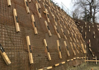 Travaux d'ancrage pour la stabilisation d'une paroi d'excavation