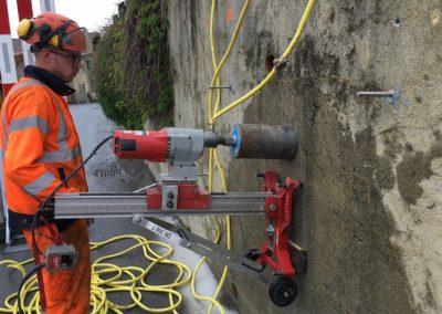 Travaux de stabilisation d'un mur avec le système d'ancrage Platipus