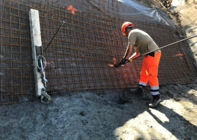 Travaux d'ancrage temporaire d'une paroi d'excavation avec le système d'ancrage Platipus