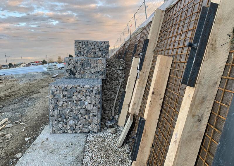 Travaux de sécurisation d'une paroi d'excavation pour la réalisation d'un mur en gabions