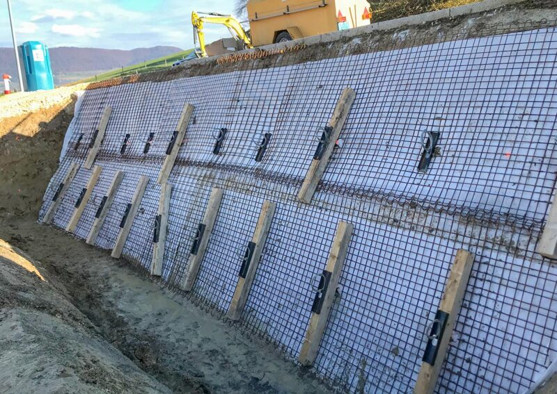 Travaux d'ancrage temporaire d'une paroi d'excavation pour une construction